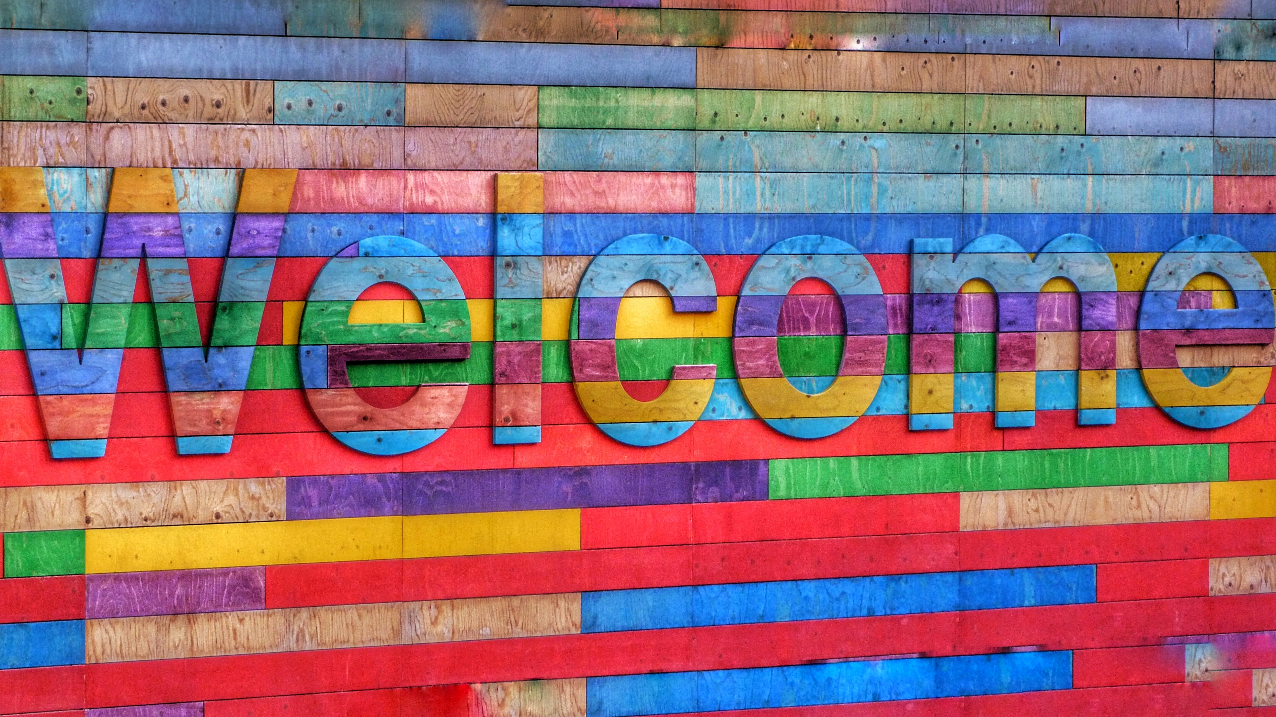 picture of a nice welcome sign.